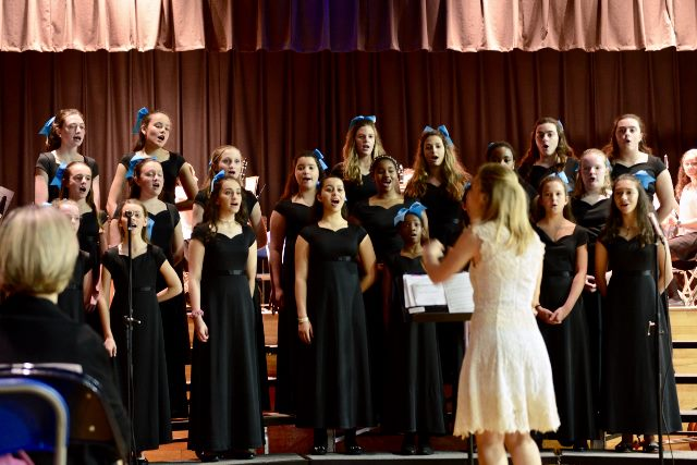 Middle School Choir directed by Rosemary Kennedy